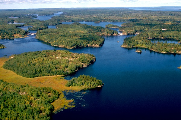 https://national-park.com/wp-content/uploads/2016/04/Welcome-to-Voyageurs-National-Park.jpg